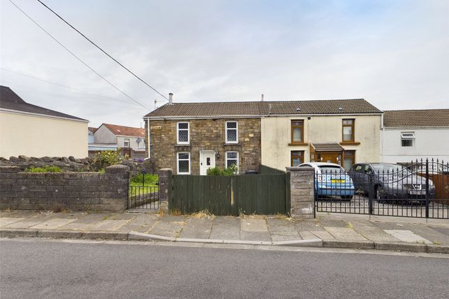2 bed end terrace house to rent in Clive Street, Aberdare, Rhondda Cynon Taff CF44