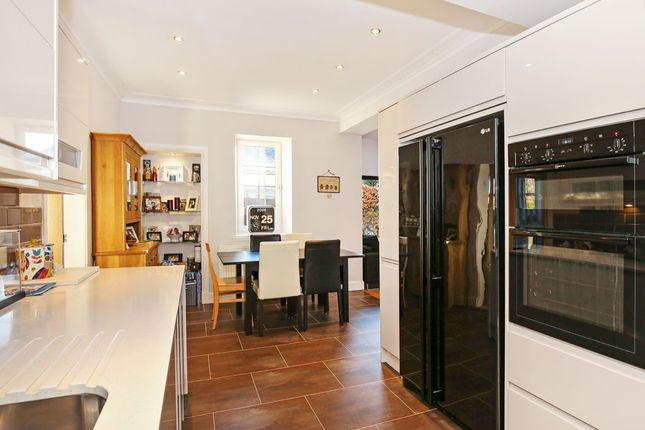 Buckstone terrace fairmilehead edinburgh eh10 4 bedroom for 23 ravelston terrace edinburgh