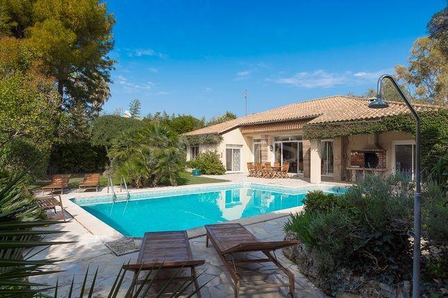 Thumbnail Villa for sale in Cap D'antibes, Cap D'antibes, France