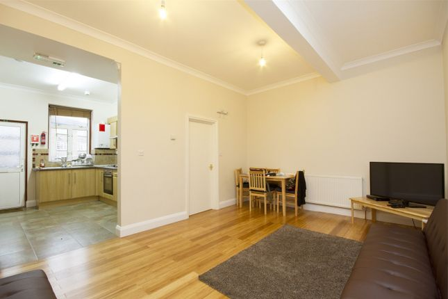 Thumbnail Flat to rent in High Street, London