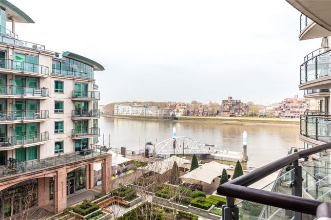 Thumbnail Flat for sale in Drake House, St George Wharf