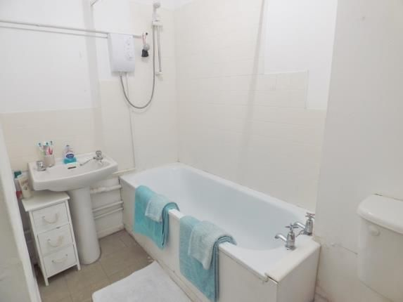 Bathroom of High Street, Lee-On-The-Solent, Hampshire PO13