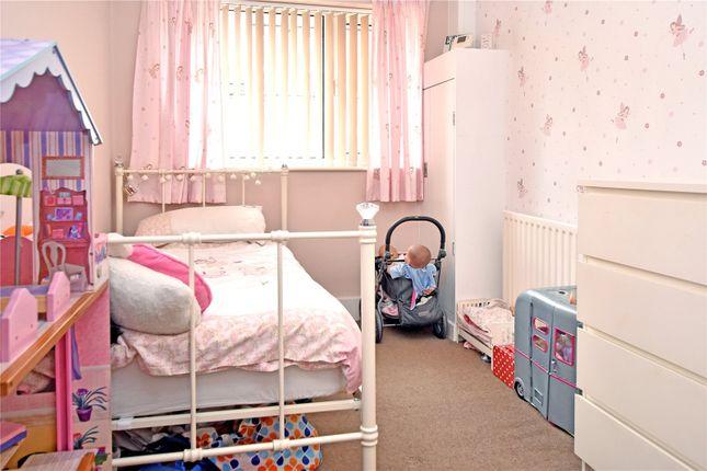 Picture No. 05 of Wide Lane, Morley, Leeds LS27