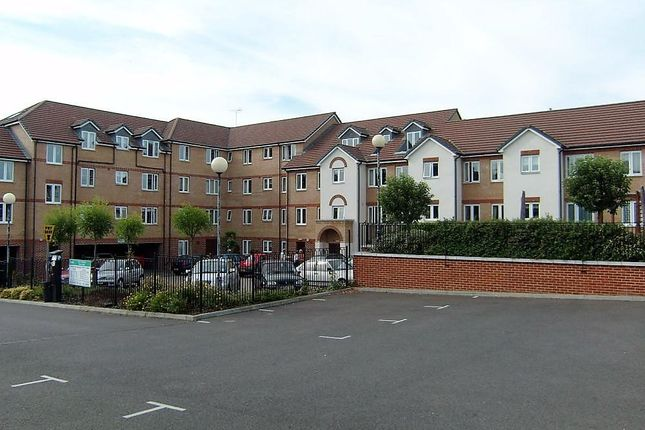 1 bed property for sale in Riverbourne Court, Bell Road, Sittingbourne ME10