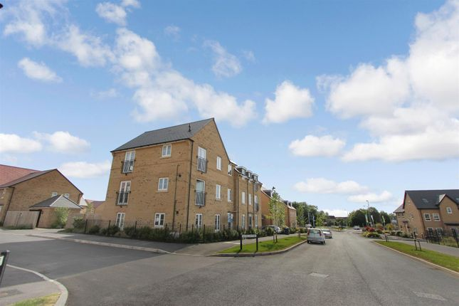 Picture 8 of Gumcester Way, Godmanchester, Huntingdon, Cambridgeshire PE29