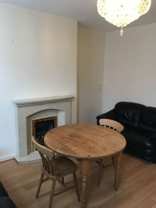 Thumbnail Terraced house to rent in Kelsall Grove, Hyde Park, Leeds