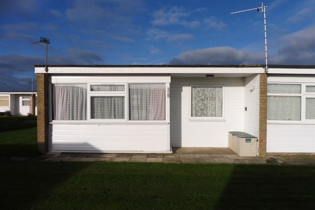 2 bed mobile/park home for sale in California Road, California, Great Yarmouth