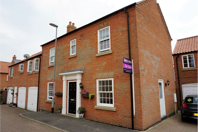 Thumbnail Town house for sale in Honeysuckle Lane, Wragby