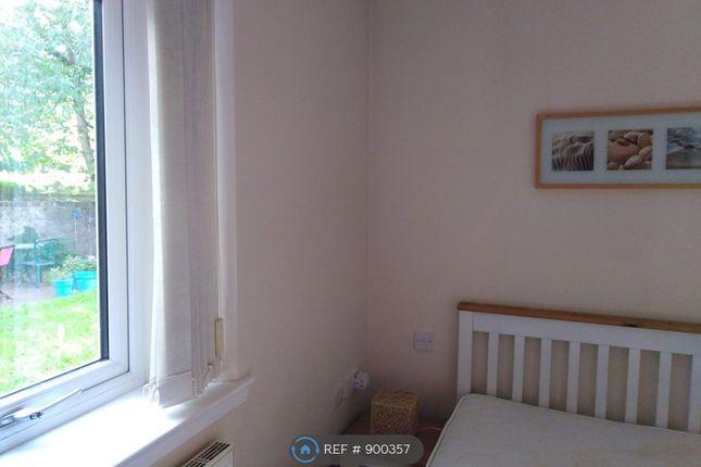Bedroom Overlooks Garden, No Residents Above