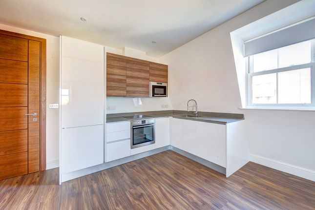 Thumbnail Flat to rent in Balham Hill, Clapham South