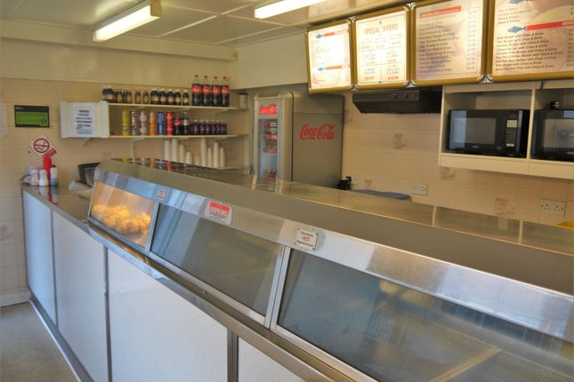 Restaurant/cafe for sale in Fish & Chips WF2, West Yorkshire