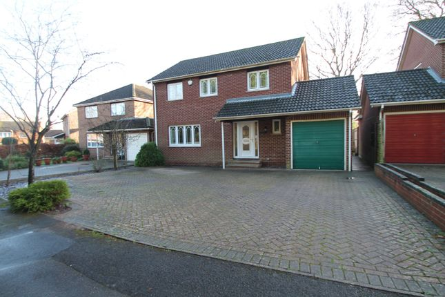 Thumbnail Detached house to rent in Reeves Way, Wokingham