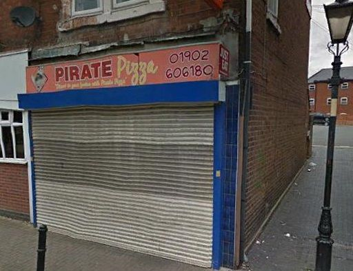 Retail premises to let in Wolverhampton Street, Willenhall