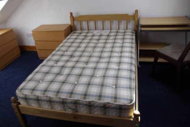 Thumbnail Shared accommodation to rent in 33 Dillwyn Road, Swansea