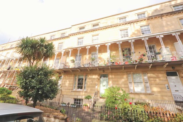 Thumbnail Maisonette to rent in Oakfield Road, Clifton, Bristol