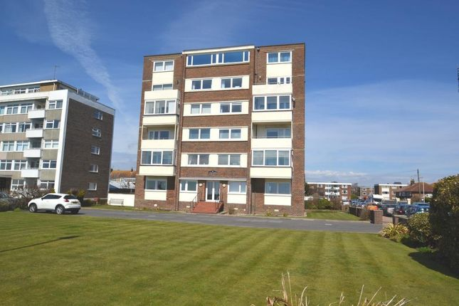 Thumbnail Flat to rent in West Parade, Worthing, West Sussex