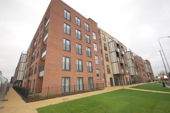 1 bed flat to rent in Maxwell Road, Romford RM7
