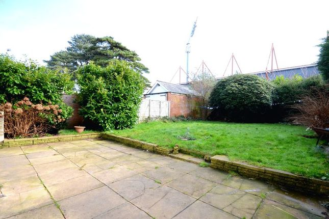 Garden of Thistlebarrow Road, Bournemouth BH7