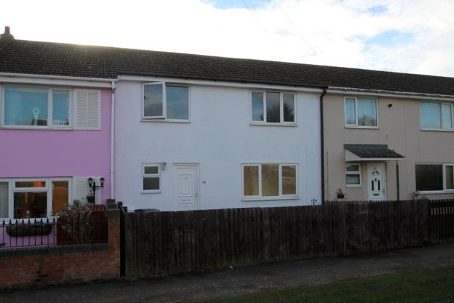 Thumbnail Terraced house to rent in The Whaddons, Huntingdon