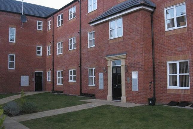 2 bed flat to rent in Old Toll Gate, St Georges, Telford TF2