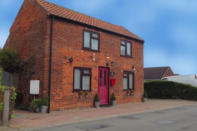 Thumbnail Cottage for sale in Reedham, Norwich