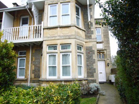 Thumbnail Maisonette to rent in Evelyn Road, Bath