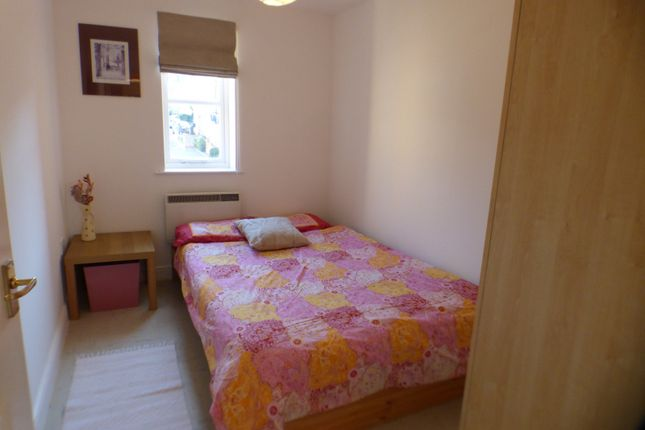 Bedroom of Fernwood Court, Pickard Close, Southgate N14
