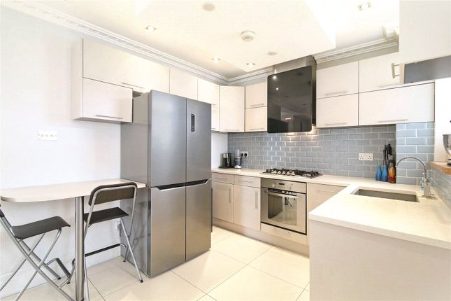 Kitchen of Ascalon Street, London SW8