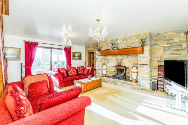 Lounge of Stony Houghton, Mansfield, Derbyshire NG19