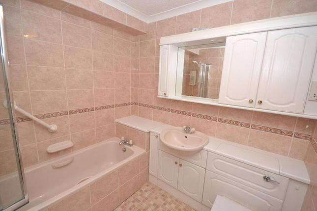 Bathroom of The Rolle, 2 Fore Street, Budleigh Salterton, Devon EX9