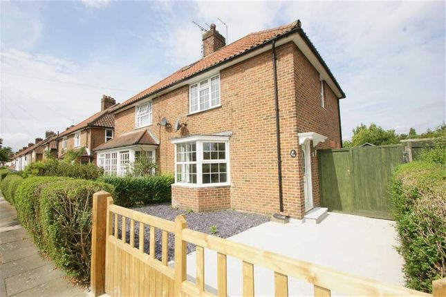 3 bed semi-detached house for sale in Saxon Drive, London