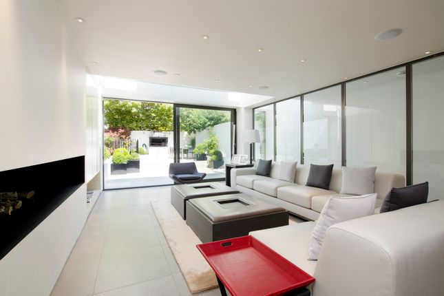 Living ~Room of Cathcart Road, London SW10