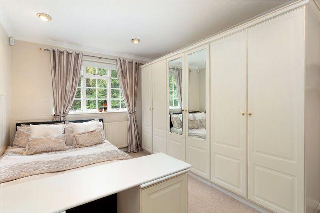 Picture No. 12 of Sarratt Lane, Loudwater, Rickmansworth, Hertfordshire WD3