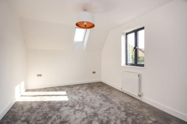 Bedroom of High Street, Great Wakering, Southend-On-Sea SS3