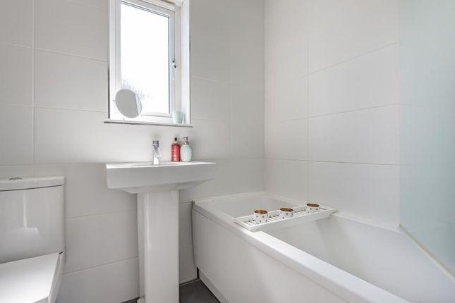 Bathroom of Brays Meadow, Hyde Heath, Amersham HP6