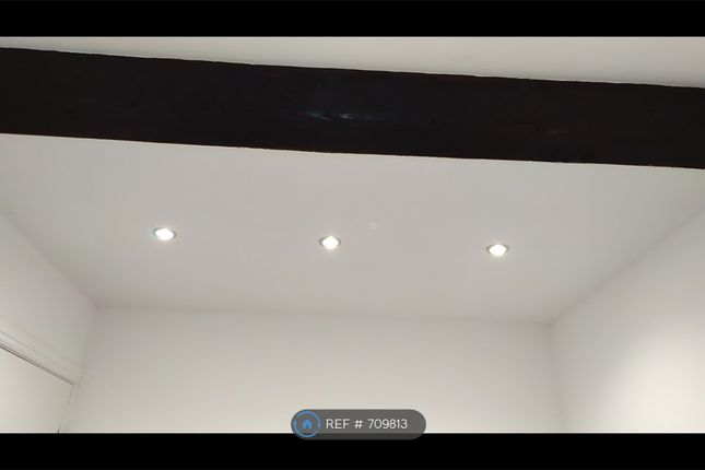 Spot Lights In Bedroom