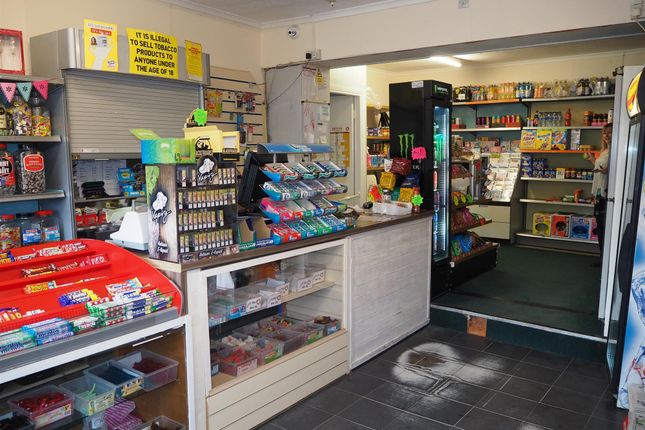 Thumbnail Retail premises for sale in Newsagents DL4, County Durham