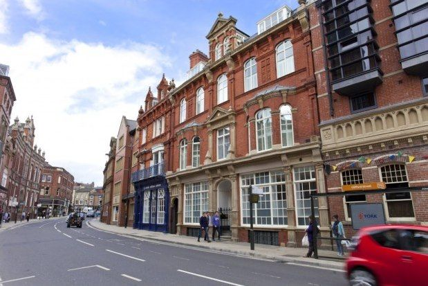 Thumbnail Flat to rent in 21 Clifford Street, York
