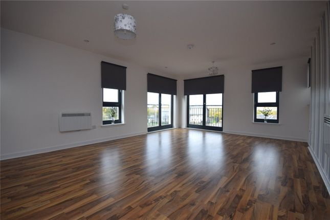Thumbnail Flat for sale in Bank Street, Cambuslang, Glasgow, South Lanarkshire