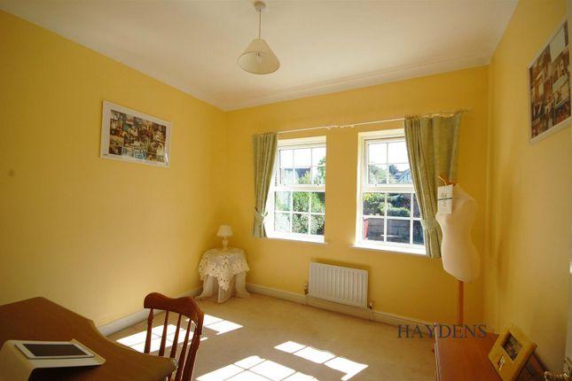 Bedroom 5 of Mallow Walk, St. James Road, Goffs Oak EN7