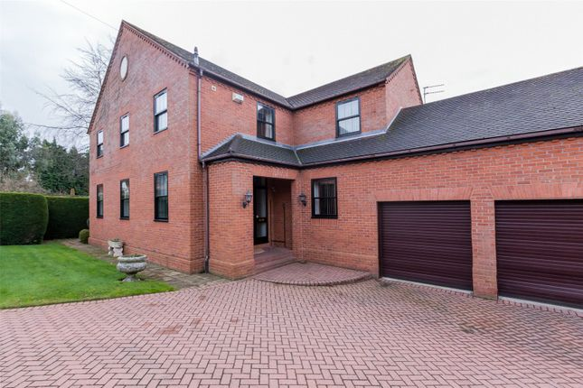Thumbnail Detached house for sale in Bawtry Road, Doncaster
