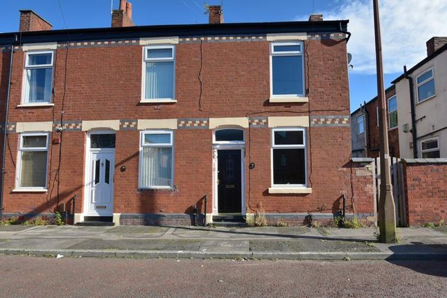 2 bed terraced house to rent in Cromwell Street, Heaton Norris, Stockport