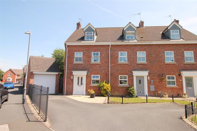 Thumbnail Semi-detached house for sale in Station Road, Alcester, Warwickshire, Alcester