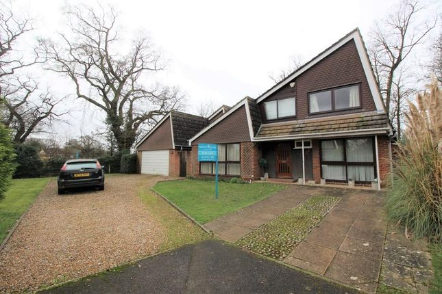 Thumbnail Detached house for sale in Ridgemount Close, Tilehurst, Reading