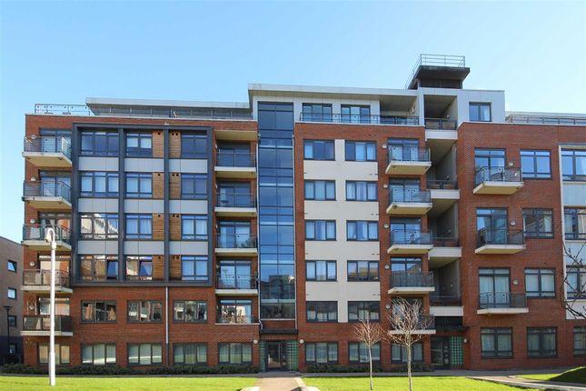 Thumbnail Flat to rent in Larden Road, London