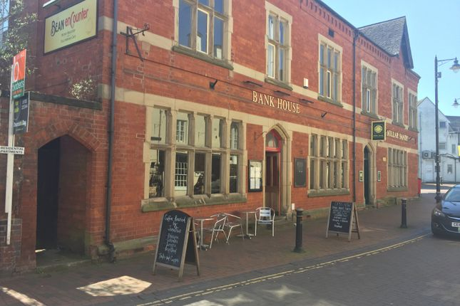 Leisure/hospitality to let in Salter Street, Stafford
