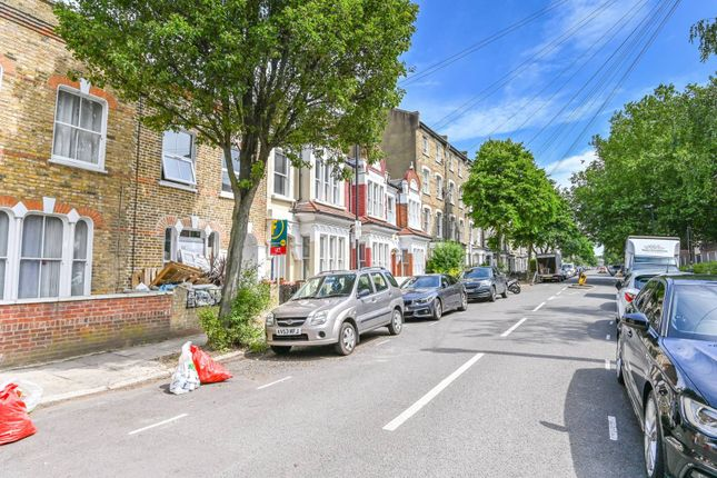 Thumbnail Terraced house to rent in Moray Road, Stroud Green, London