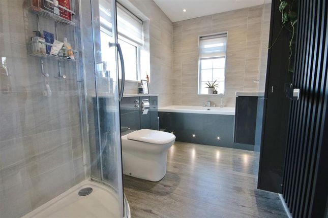 Bathroom of Chestnut Avenue, Kirby Cross, Frinton-On-Sea CO13