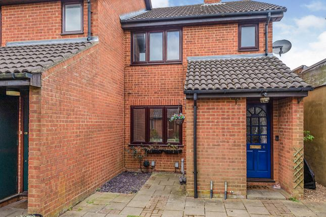 1 bed flat for sale in Larks Ridge, Watford Road, Chiswell Green, St.Albans AL2