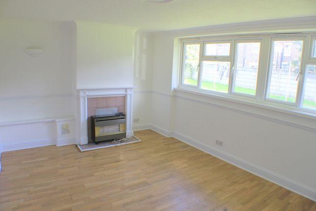 Studio to rent in Greenside Road, Croydon